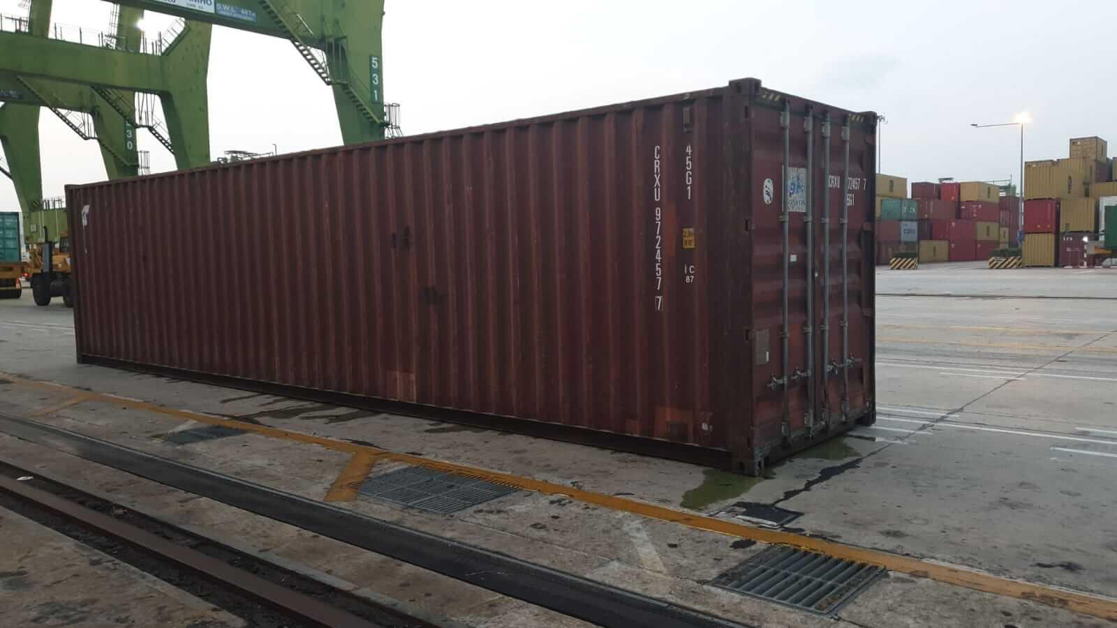Rò rỉ cont nước giặt tại cảng chuyển tải singapore - Cont CRXU 9724577