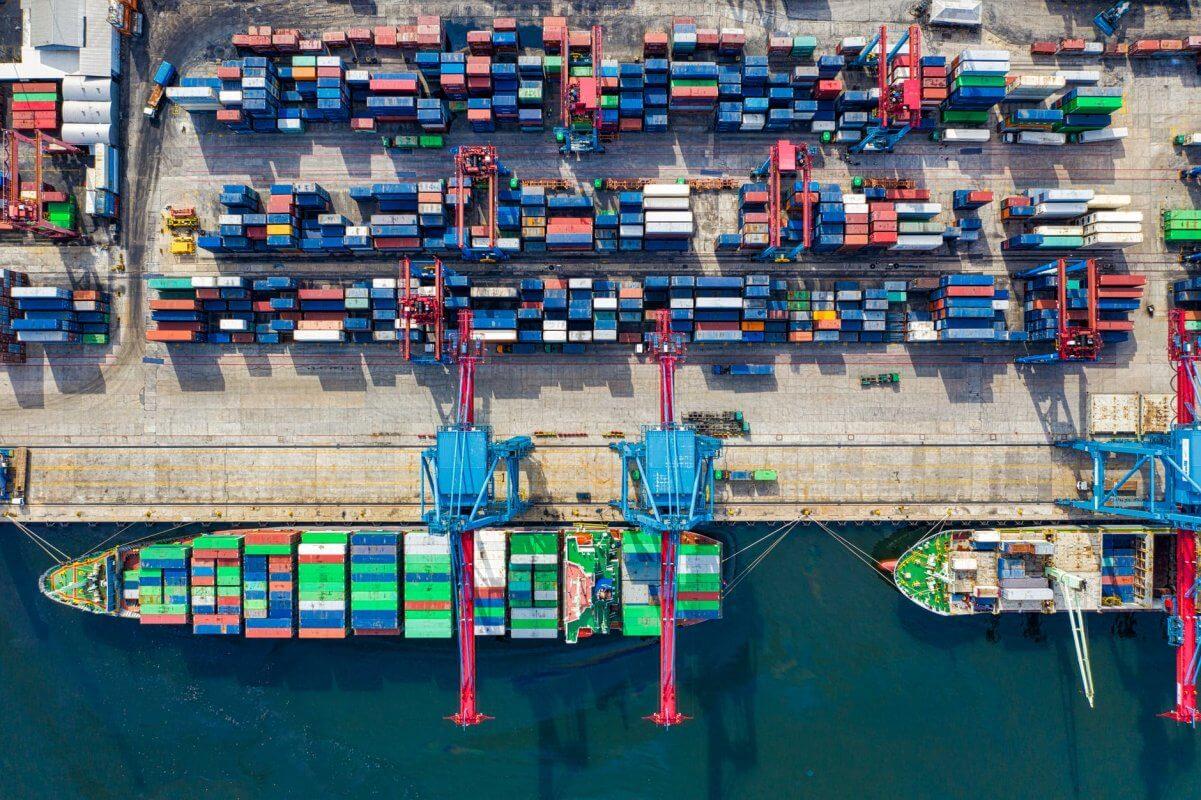 Dịch vụ vận chuyển đường biển hàng hóa quốc tế - Vngrow