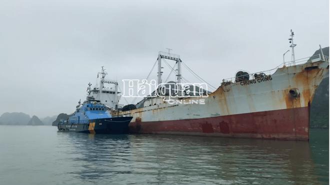 Tàu chung chinh vi phạm buôn lậu thuốc lá tại vịnh Bắc Bộ