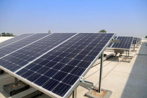 Nhập khẩu pin năng lượng mặt trời